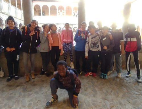 Els alumnes de diversitat de 1r d'ESO visiten la Mostra de pessebres d'Olot